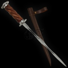 """Luxurious"" rouelle dagger"